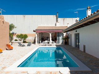 CA NA PESSINA - Villa with private pool for 10 guests in Sa Pobla