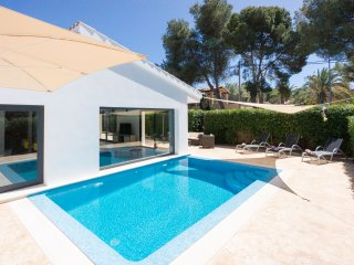 SON VERI VELL - Villa with private pool for 6 guests in Son Veri Vell