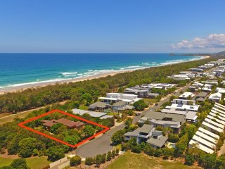 Casuarina Beachfront - 21 Collins Lane