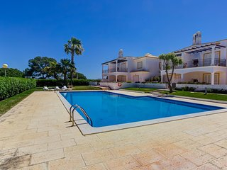 Cincotur Apartments 1 ESQ near Falesia Beach, Albufeira