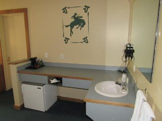 Double JJ Resort _ Thoroughbred Suite T4B