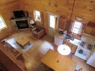 Double JJ Resort - Family Cabins Queen