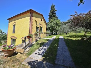 Il Borghetto historical house for 4 guests on the hills of Florence