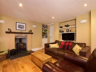 Cosy three bedroom holiday cottage, Arundel