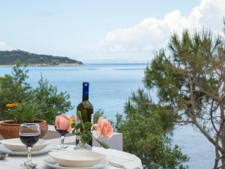Paxos Sunrise Villas studio next to the sea