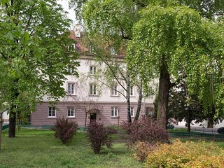 3 rooms stunning & quiet flat for 6, Old Town, Warsaw