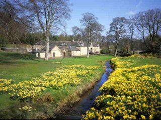 Cosy Bed & Breakfast on a Beautiful Country Estate, West Calder
