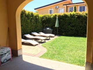 Beautiful villa located in Pizzo Beach Club with private garden