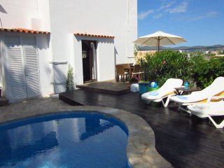 Can Louise - Close to the action and still secluded? This villa will be perfect for you!