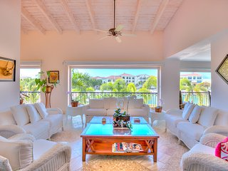 Amazing Penthouse with unique Views to Cap Cana Marina