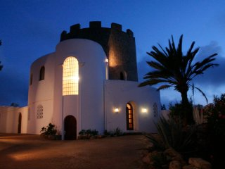 Torre Uschi - A charming villa in an old water tower with panoramic views of