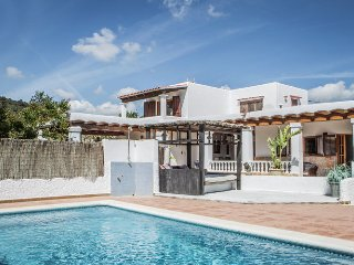 Can Mara 8 pers - Magnificent villa on the outskirts of the lively town of Santa Eulalia