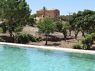 Hort des Vall - Beautiful Mallorcan country house with private pool, wifi and countryside views, Son Macia
