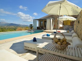 Puigferrer - Modern furnished house with private pool and view over the