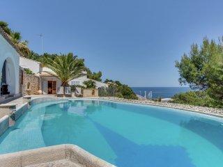Ratjada - Fantastic villa with private swimming pool, garage, bbq, patio, wifi and the sea, Font de Sa Cala
