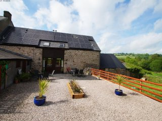 Maes-y-Gwy , working farm, hot tub,  park - 46508, Chepstow