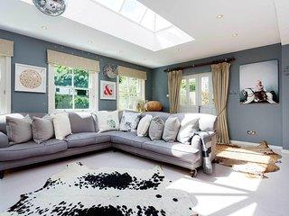 Veeve - Magnificent Maison