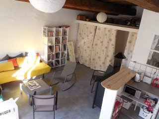 Studio in Villeneuve-lès-Avignon, with balcony - 65 km from the beach, Villeneuve-les-Avignon