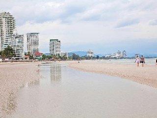 Hua Hin Holiday Villa BL***********