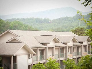 Lovely Pigeon Forge 5-Star Resort