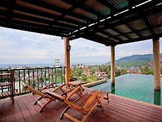 Phuket Holiday Villa BL***********