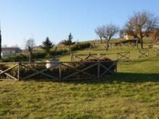Struttura situata vicino a Pietrelcina, casa vacanza a Macchia Valfortore