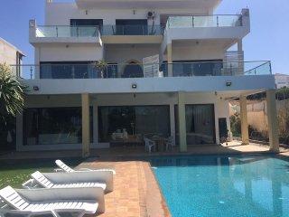 Wonderful Villa with Pool Ref: 1051