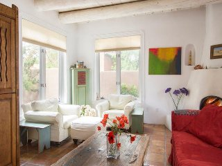 Adobe Destinations - Old Santa Fe Trail Contemporary