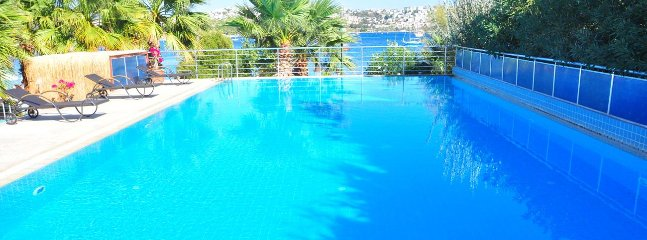 Bodrum Bitez Sea View Apartment With Swimming Pool At The Beach # 529