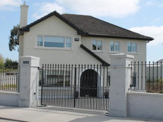 Grove Farm House, Ballyboghil