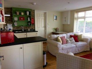 1 bed flat sleeps 2+2 Lyme Regis