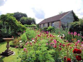 SUMME Cottage in Chard, Cricket Malherbie