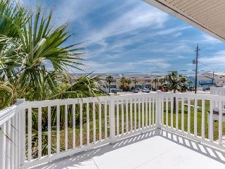 2bd/1.5ba ~ FREE Activities~ Luxury Spring Break Getaway!!