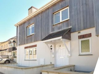 THE BEACHES, patio, en-suite, Porthtowan, Ref 960024