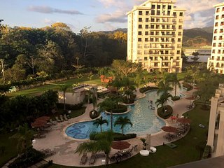 Jaco Bay Luxury Condominium, beach, pool