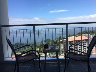 3BR Penthouse Condo Suite w/ Taal View in Tagaytay - Ultimate Staycation