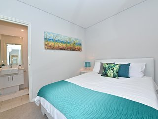 New luxury Apartment close to Perth City & Airport:2210