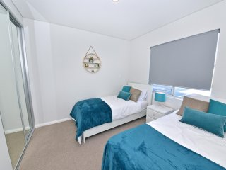 TJ's Apartment close to Airport & Perth City:2230