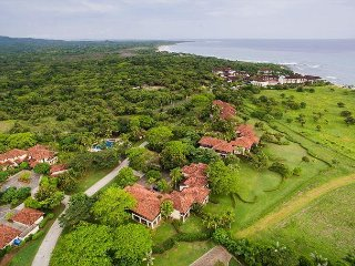 Incredible Villa Walking to Beach & Close to Tamarindo