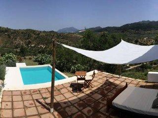 Casa Citerea. Estudio, terraza y piscina con vistas