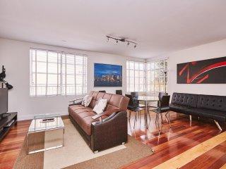 1Bdr Beautiful Hudson Suite