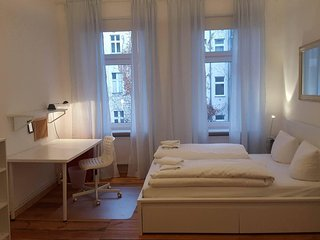 Cosy fully equipped one bedroom flat irght in the heart of Prenzlauer Berg