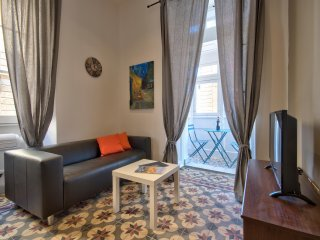Spacious, Contemporary and New Valletta 1 bd Apartment