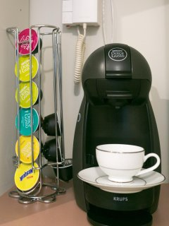 Nespresso coffee machine, used with Dolce Gusto doses