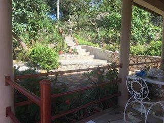 Cliffe's Ranch ENTIRE VILLA (6BR,6BR)