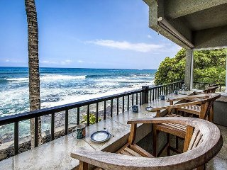Watch Surfers & Dolphins from this Oceanfront 2 bedroom Corner Unit