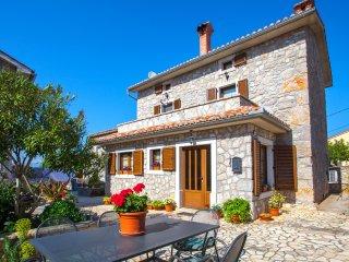 Country Villa St Anton
