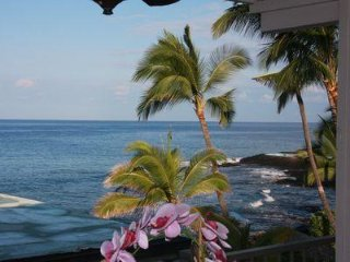 Ocean View!! Small Boutique Complex!
