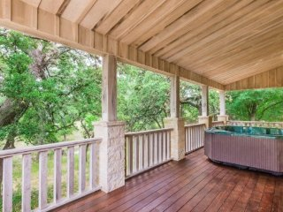 Beaver's Lodge & Little Beaver Country Property w/ Hot Tub & Views