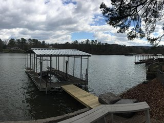 Lake Hamilton Waterfront Home! Outdoor Living, Boat dock, Open 4 BR Home